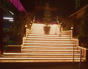 階段イルミネーション
